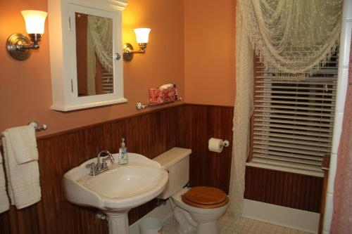South Broadway Manor - Scottdale, PA 15683