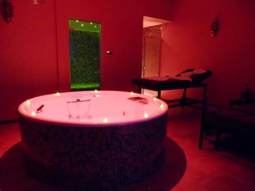 Deluxe Suite with Turkish Bath