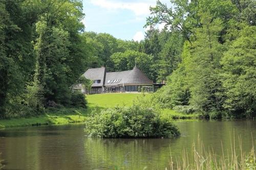 . Forsthaus-Ferienhotel am Dobrock