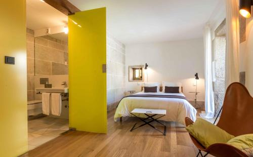 Double Room with Extra Bed (Optional) - single occupancy Os Lambráns 2