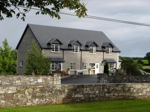 . Michaeleen's Manor B&B