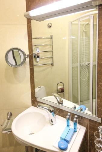 Бельведер Невский Бизнес Отель Стандартный номер с кроватью размера