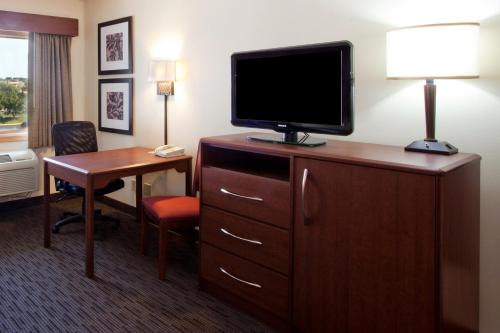 Americinn By Wyndham Fishers Indianapolis - Fishers, IN 46038