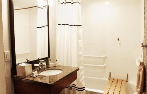 The Curtis- A DoubleTree by Hilton Hotel - Denver, CO CO 80202