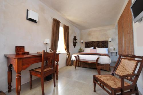 Classic Double or Twin Room V... Boutique Hotel 13