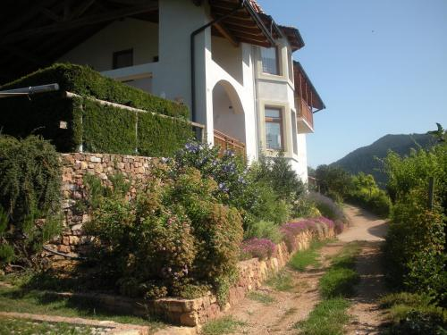 Accommodation in Giovo
