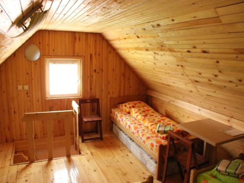 Cameră cvadruplă cu baie comună - la mansardă (Quadruple Room with Shared Bathroom - Attic)