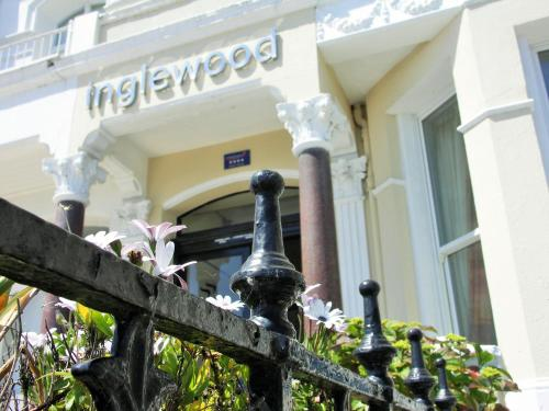 Inglewood (Bed & Breakfast)