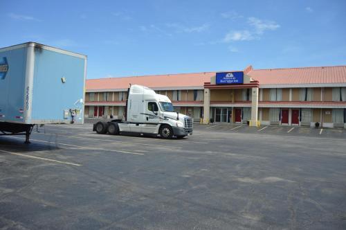 Americas Best Value Inn Tulsa West - Tulsa, OK 74107