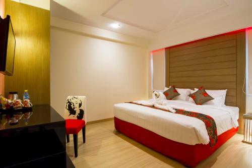 Eleven Avenue Suites Bangkok impression