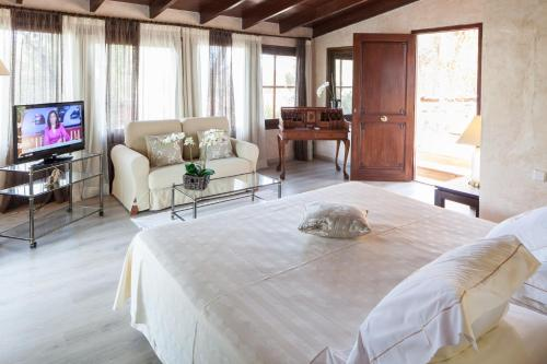 Suite with Sea View Hotel Rural Cas Pla 4