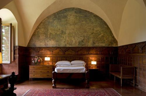 Via Roti Michelozzi, 2, 50124, Florence, Italy.
