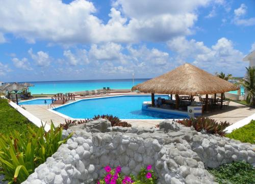 Hotel Cancun Beach Aparthotel Brisas