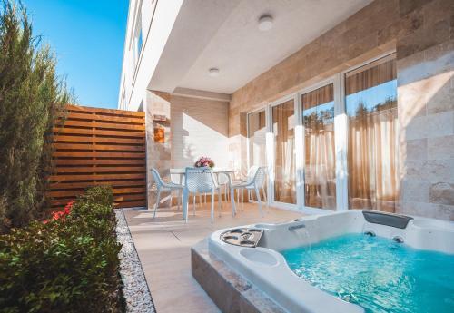 Suncity Apartment