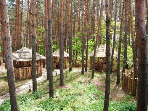Pershyi Kordon Tourist Complex, Chyhyryns'kyi