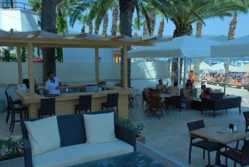 Фото отеля Begonville Beach Hotel - Adult Only