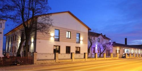 . Hotel Stara Fabryka