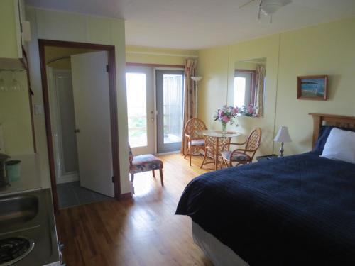 Hedley House Inn - Smiths Cove, NS B0S 1S0