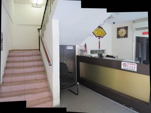 JRL Budget Inn Hotel