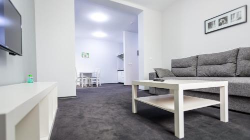 . Rakhiv Hotel & Apartments