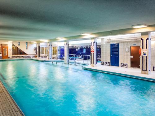 . The Glencarn Hotel