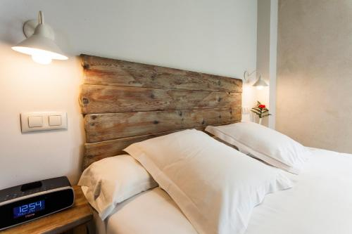 Superior Double Room with City View - single occupancy Hotel Boutique Elvira Plaza 10