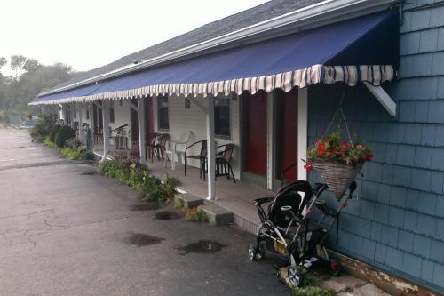 Sea Turn Motel - York, ME 03909