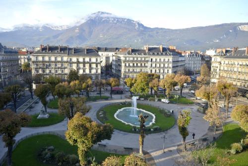 Hôtel d'Angleterre Grenoble Hyper-Centre - Hôtel - Grenoble