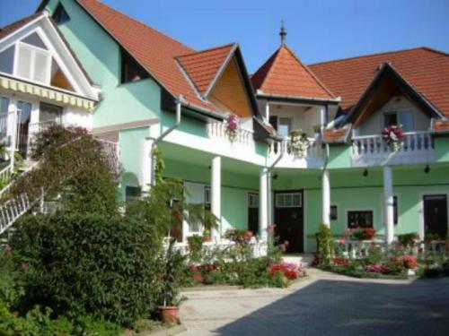 Haus Kati, Pension in Hévíz