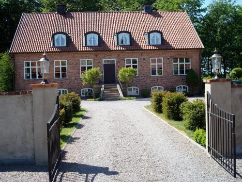 . Säbyholms Gård