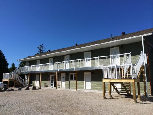 . Escarpment Heights Motel