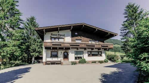 . Haus Tyrol