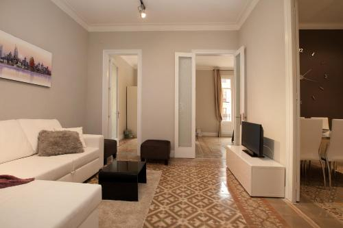 Enjoy Apartments Borrell photo 2