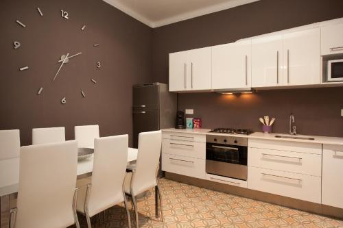 Enjoy Apartments Borrell photo 5
