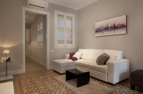 Enjoy Apartments Borrell photo 13