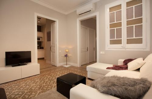 Enjoy Apartments Borrell photo 22