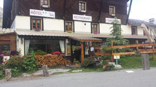 Accommodation in Allos
