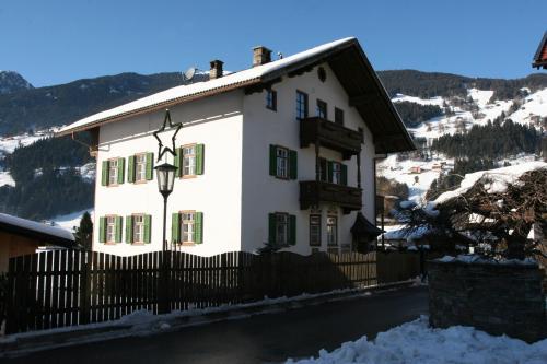 Zillertal Apartments Zell am Ziller