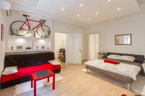 Apartment Red Bike, Pension in Zagreb