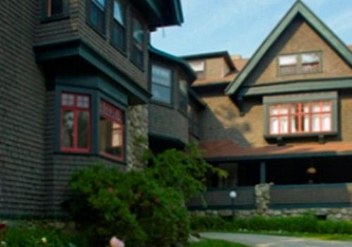 The Manor Inn