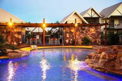 Фото отеля Freshwater East Kimberley Apartments