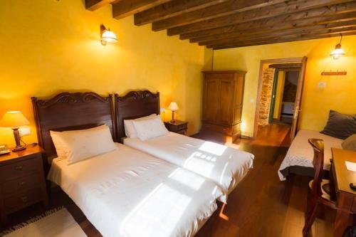 Doppel- oder Zweibettzimmer Casa do Merlo 20