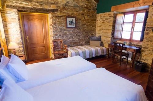 Doppel- oder Zweibettzimmer Casa do Merlo 28