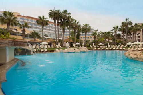 . St George Hotel Spa & Beach Resort