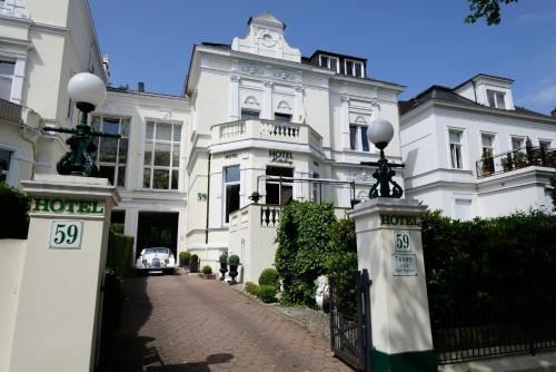. Hotel Mittelweg