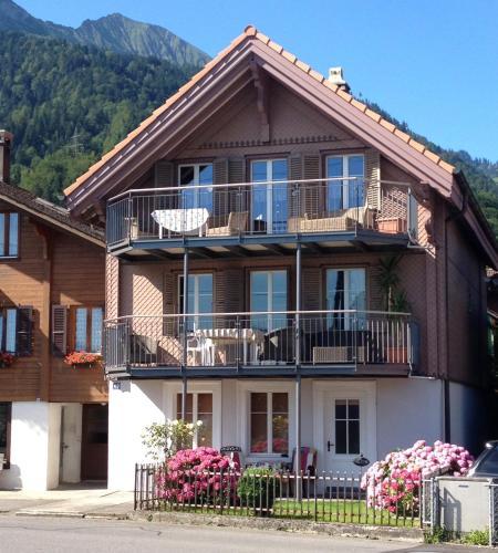 Haus am See - Apartment - Därligen