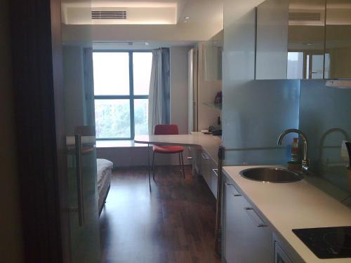 Beijing Seasons Park Apartment Hotel photo 9
