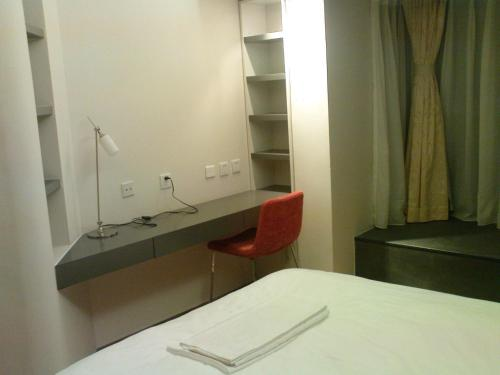 Beijing Seasons Park Apartment Hotel photo 12