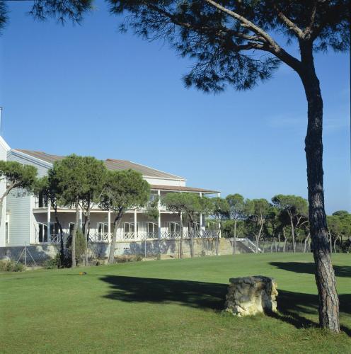 Zweibettzimmer mit Green Fee Hotel Nuevo Portil Golf 17
