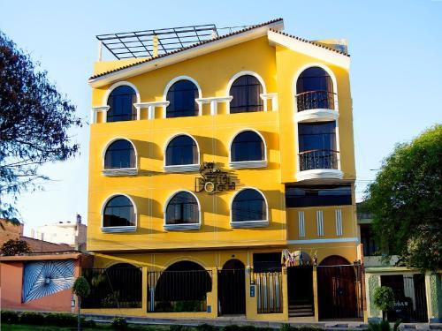 . Hotel Sierra Dorada